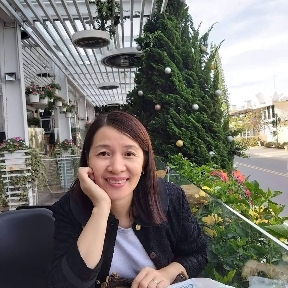 Chị Nguyễn Thoại Uyên
